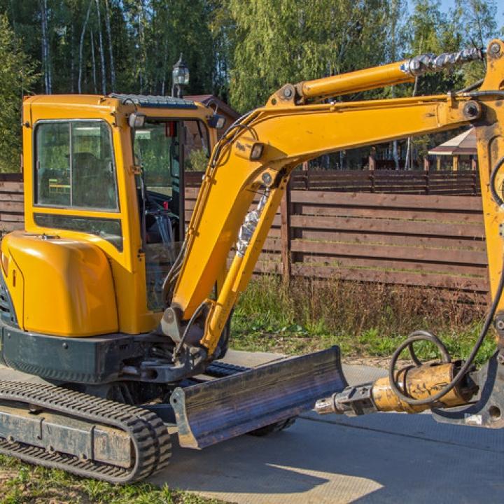Compact Excavator Competent Operator